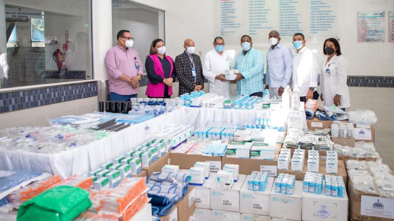 Gobierno garantiza medicamentos para pacientes de VIH, tuberculosis y  malaria   Presidencia de la República Dominicana